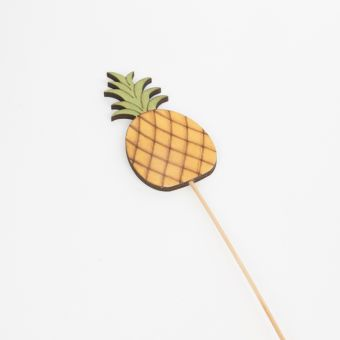 Wooden Pineapple Pick - 52cm